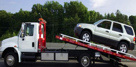 TOWING SERVICES