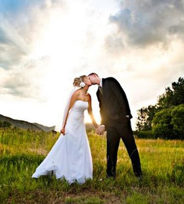 47bed29d47 Boulder Bridal is a full-service wedding dress company established by  Nadine Hooper. From helping you find your perfect dress to all of the  alterations that ...