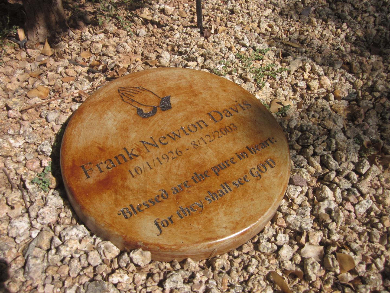 Pet Memorial Garden Stones - Memories To Stone