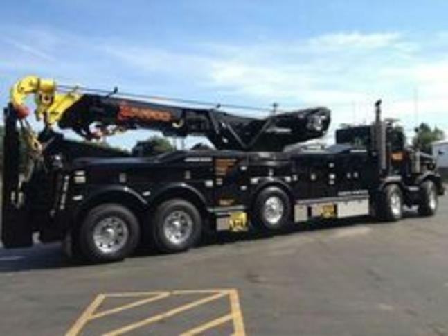 Wrecker Services in Omaha NE | 724 Towing Services Omaha