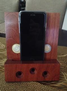 Smart phone passive speaker stand