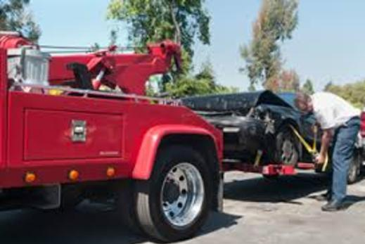 FLATBED/WHEEL LIFT SERVICES