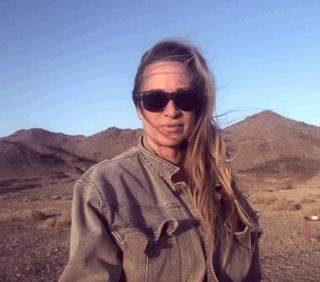 Join our Environmental Warrior Pamela Dawn on her minimal living Adventures in Death Valley!