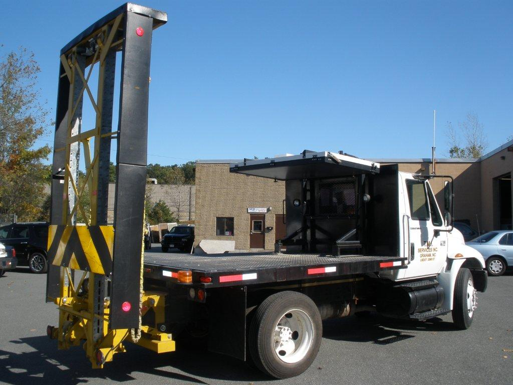 Quality Used Attenuators and Attenuator Trucks
