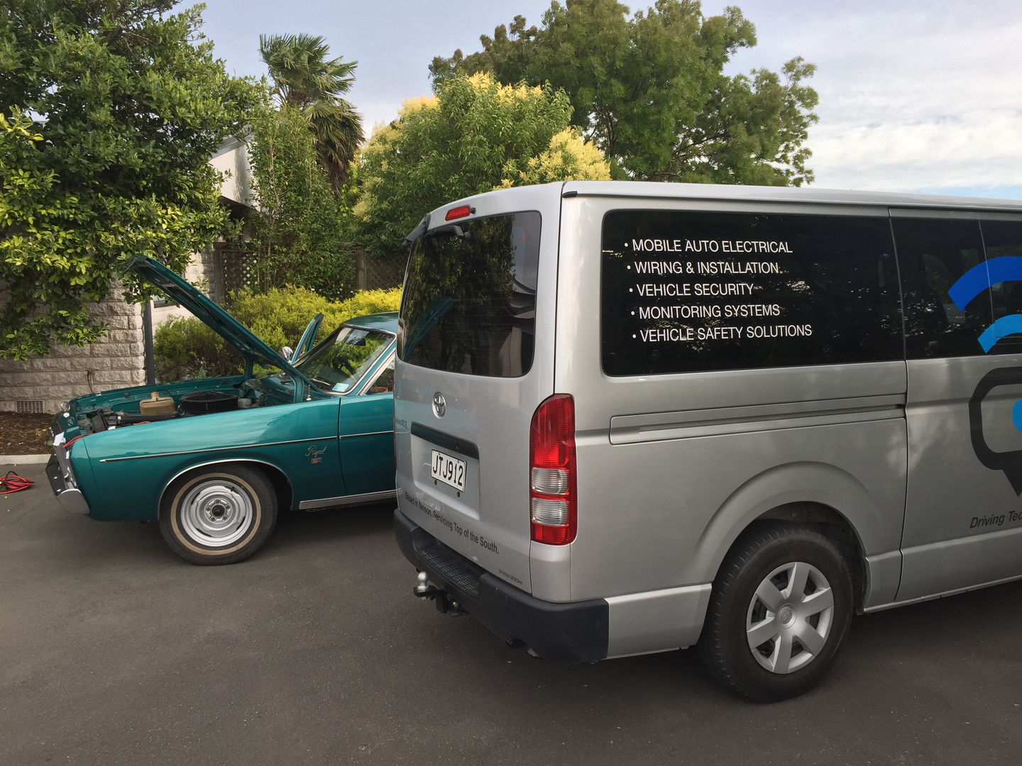 Tomtech Mobile Auto Electrics Nelson New Zealand Call 021468982 Automotive Wiring Solutions Jump Starting Truck From Van