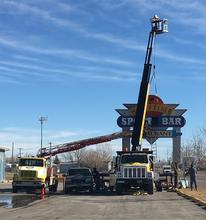 Crane Service - CAT Graphics, Inc.