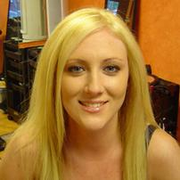 high lift blonde hair color with highlights