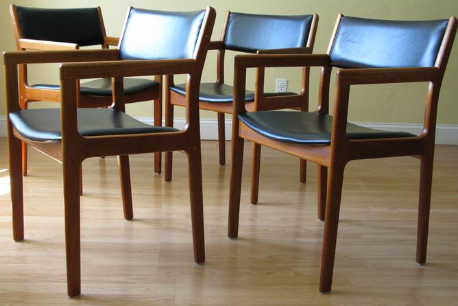 Danish teak dining chairs by d scan modern dining chairs for Dscan dining room set