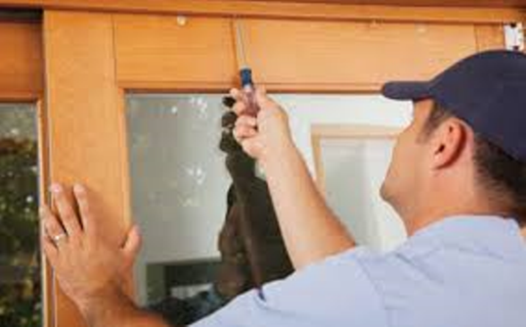 Affordable Door Repair Services and Cost | Lincoln Handyman Services