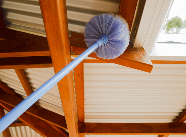 Cobwebs Cleaning Services in Omaha Nebraska | Price Cleaning Services Omaha