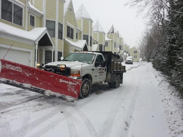 SNOW PLOWING SERVICES COUNCIL BLUFFS IOWA