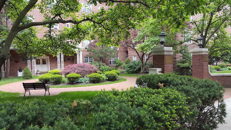 Apartment Rentals - Luis Briones - Forest Hills, Ny