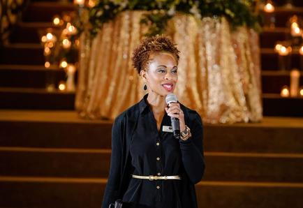 360 Elite Entertainment Wedding MC Valonda Calloway