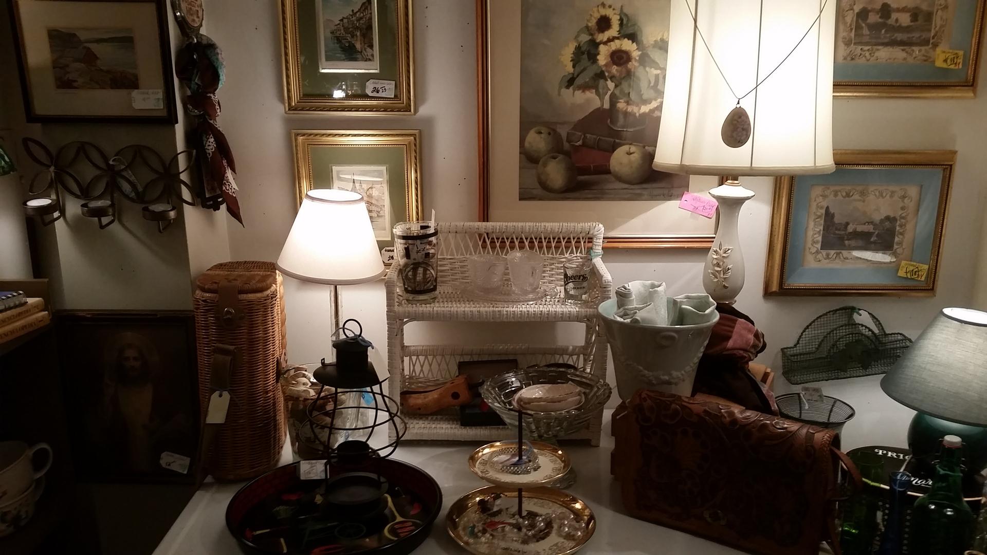 Best Vintage Furniture Store. Home