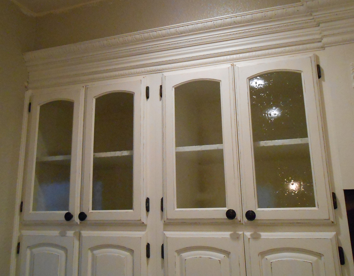Custom Glass - Bubble glass kitchen cabinet doors