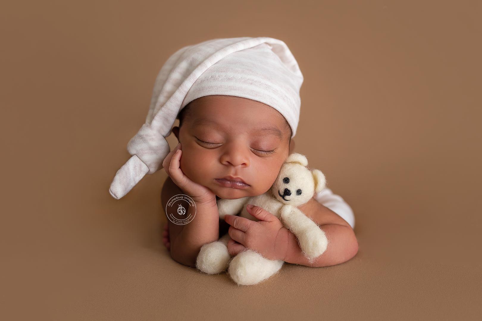 Newborn photography mississauga newborn photography oakville newborn photography toronto newborn photography the beaches newborn photography gta