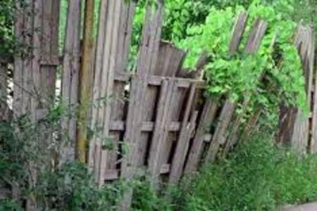 TOP-RATED OLD FENCING REMOVAL SERVICES IN LINCOLN NEBRASKA | LNK JUNK REMOVAL