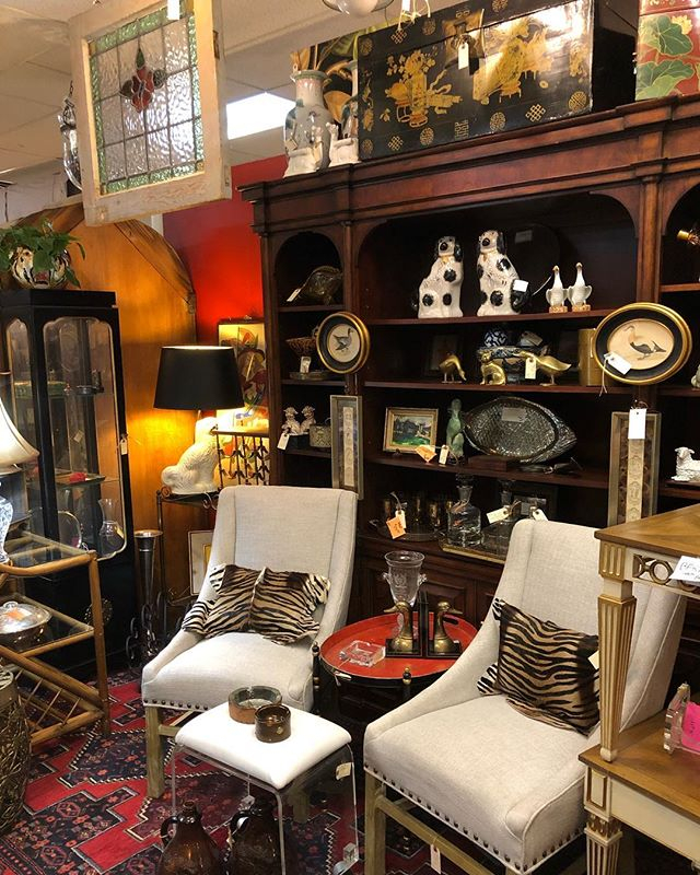 With  Dealers Displaying In Over  Sq Ft Of Showrooms Antique Gatherings Is One Of The Largest And Finest Antique Stores In Arizona