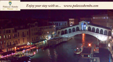Venice Italy Live Webcam - Rialto Bridge in Live Streaming from Palazzo Bembo - Live Cam Full HD