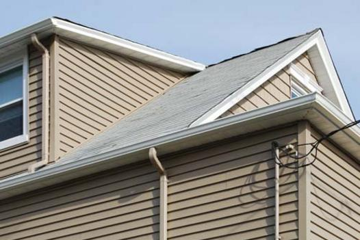 SIDING AND GUTTERS CONTRACTOR SERVICES MILFORD NEBRASKA.