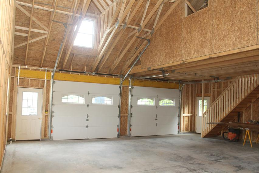 Amish Built Attic Car Garage With Loft Space: Amish Garages New Jersey, Maryland, Delaware, Pennsylvania