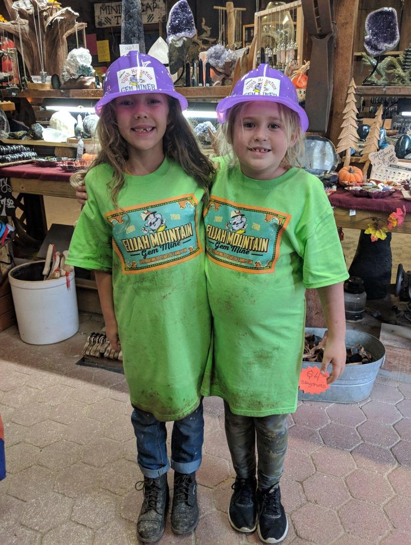 Elijah Mountain Gem Mine - Gem Mining in North Carolina