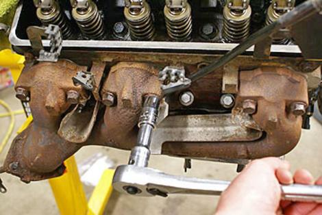 EXHAUST MANIFOLD REPAIR SERVICES LAS VEGAS The Basics behind Manifold Replacement Services at Aone Mobile Mechanics