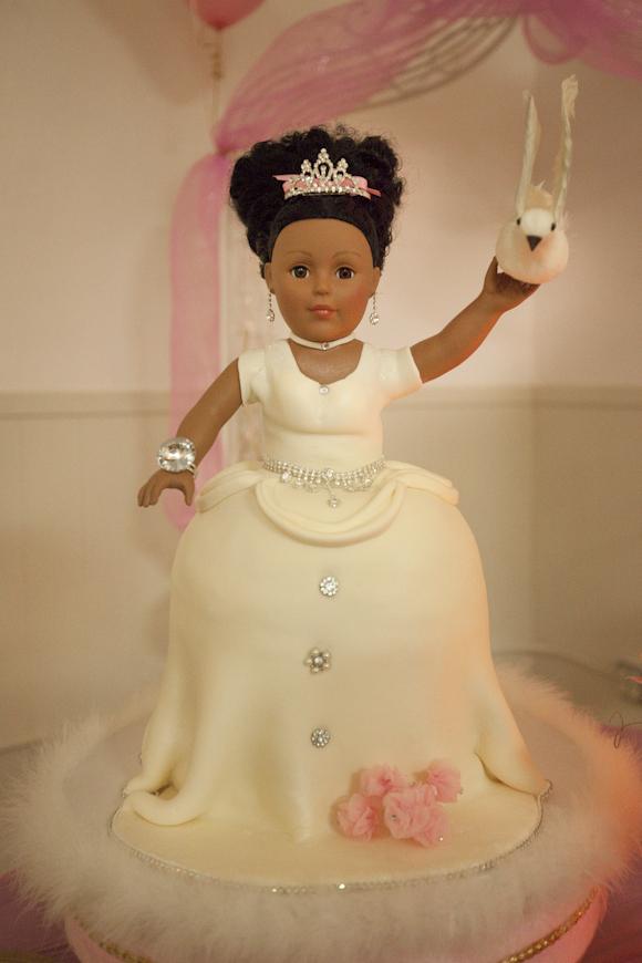 Chaka Designer Cakes - Cake\'n in A Jar, Designer Cakes, Beautiful ...