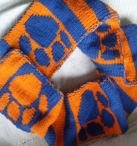 Double Knit Gameday Paw Print Scarf