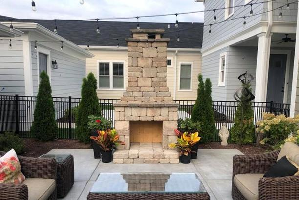 Landscaping Patio Fire Place Synthetic Turf Retaining Wall