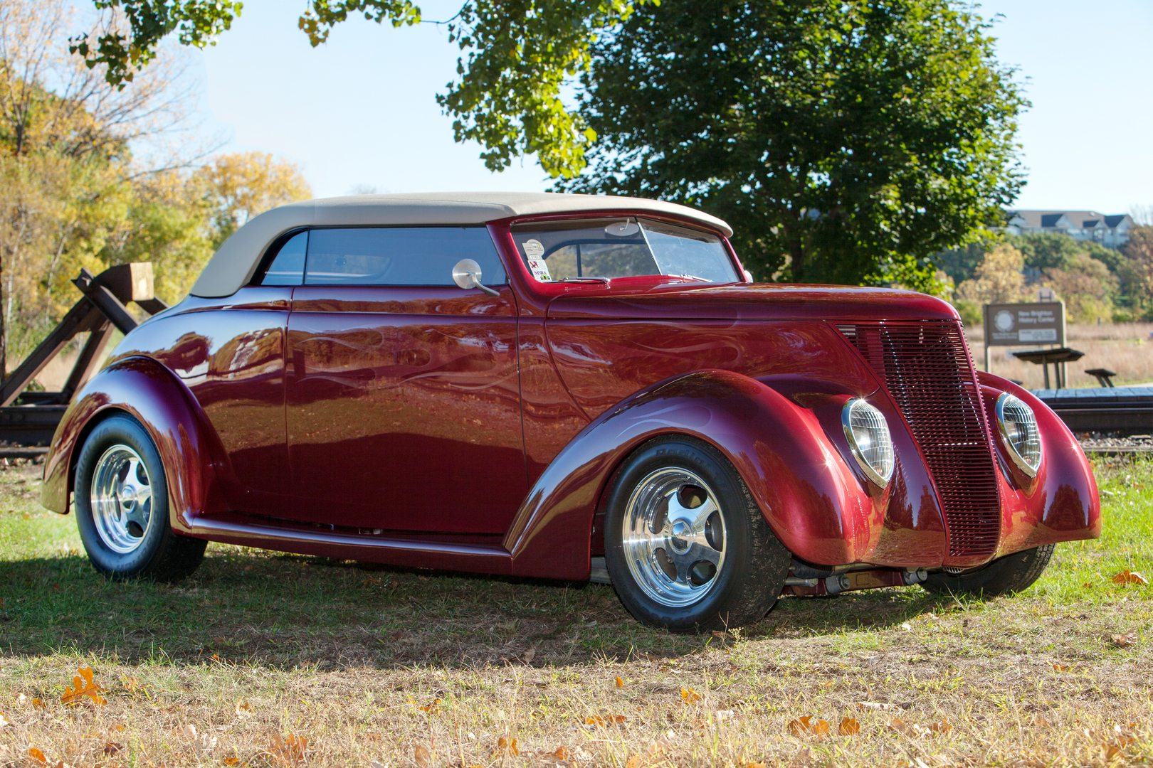 Old Classic Cars >> Classic Rides And Rods Classic Car Dealers Sales