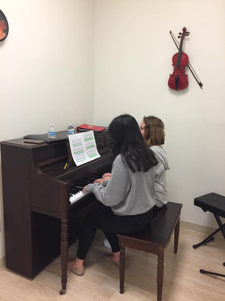 Group Piano Classes