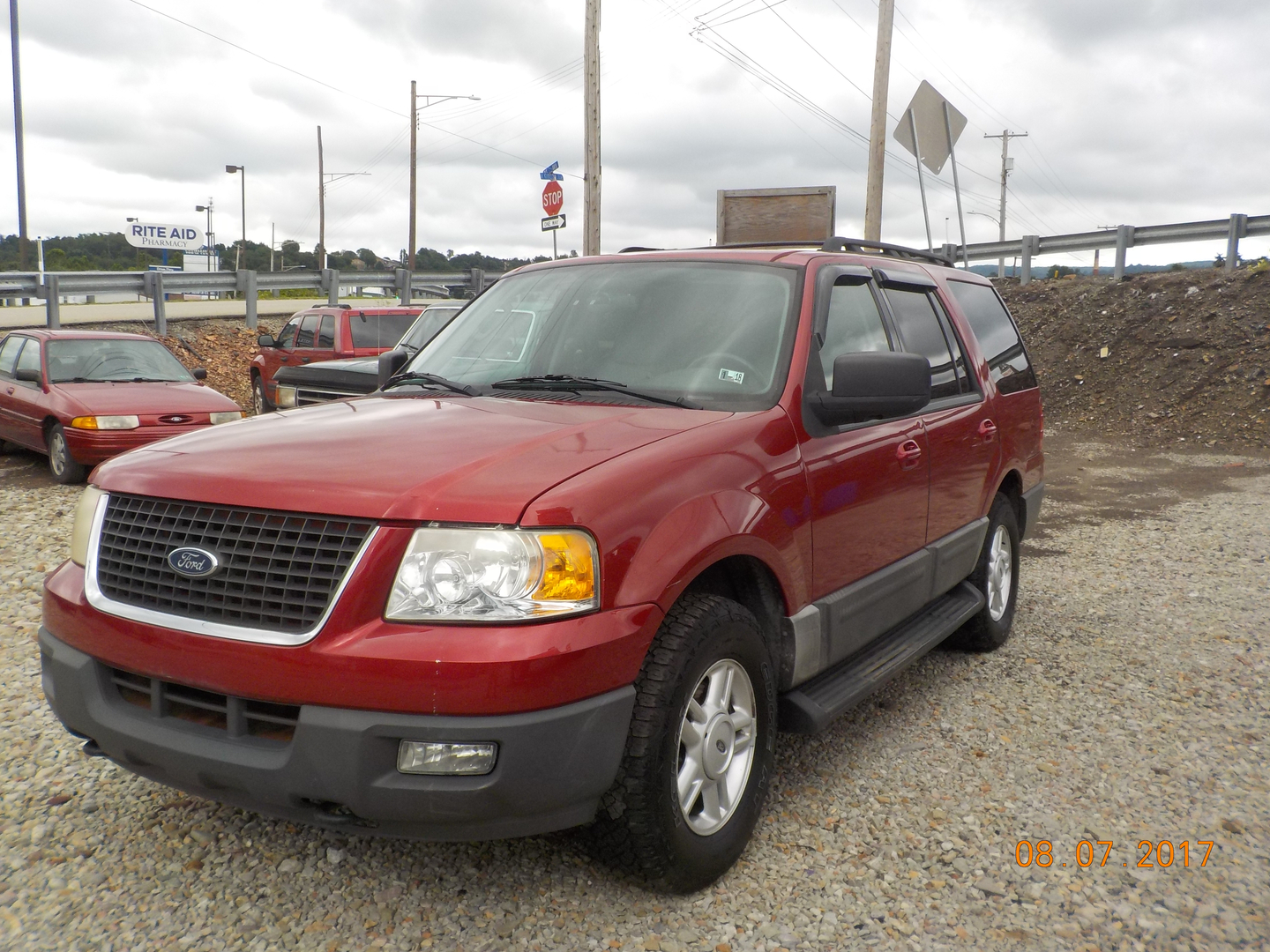 2005 ford expedition 5495 00 leather seats third row seat towing package power windows locks mirrors driver s seat cruise control fog lights