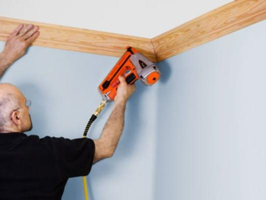 Best Custom Crown Molding and Cost| and Lincoln Handyman Services
