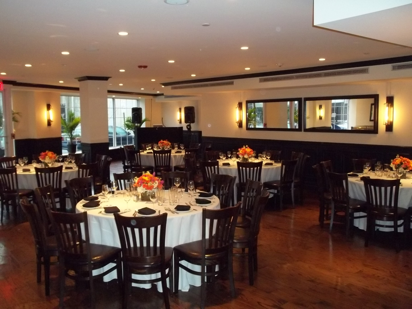 Hours Location Modern Restaurant And Lounge New York