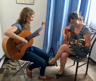 Classical guitar lessons are a great way to musically enrich your visit to Seville