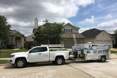 Window cleaning job in Tomball Texas