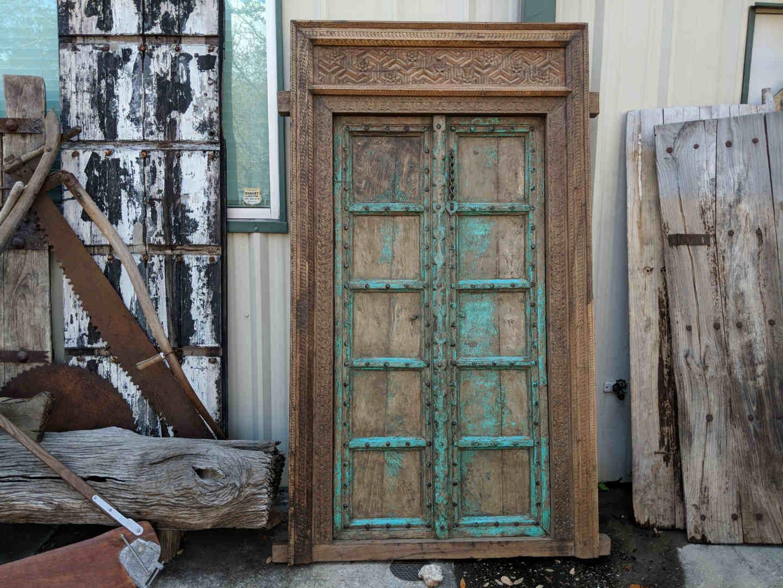Decor Direct Wholesale Warehouse Barn Doors Salvaged Doors Barn