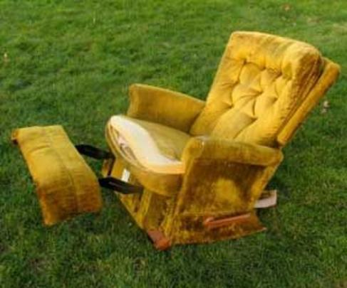 RECLINER DISPOSAL SERVICES
