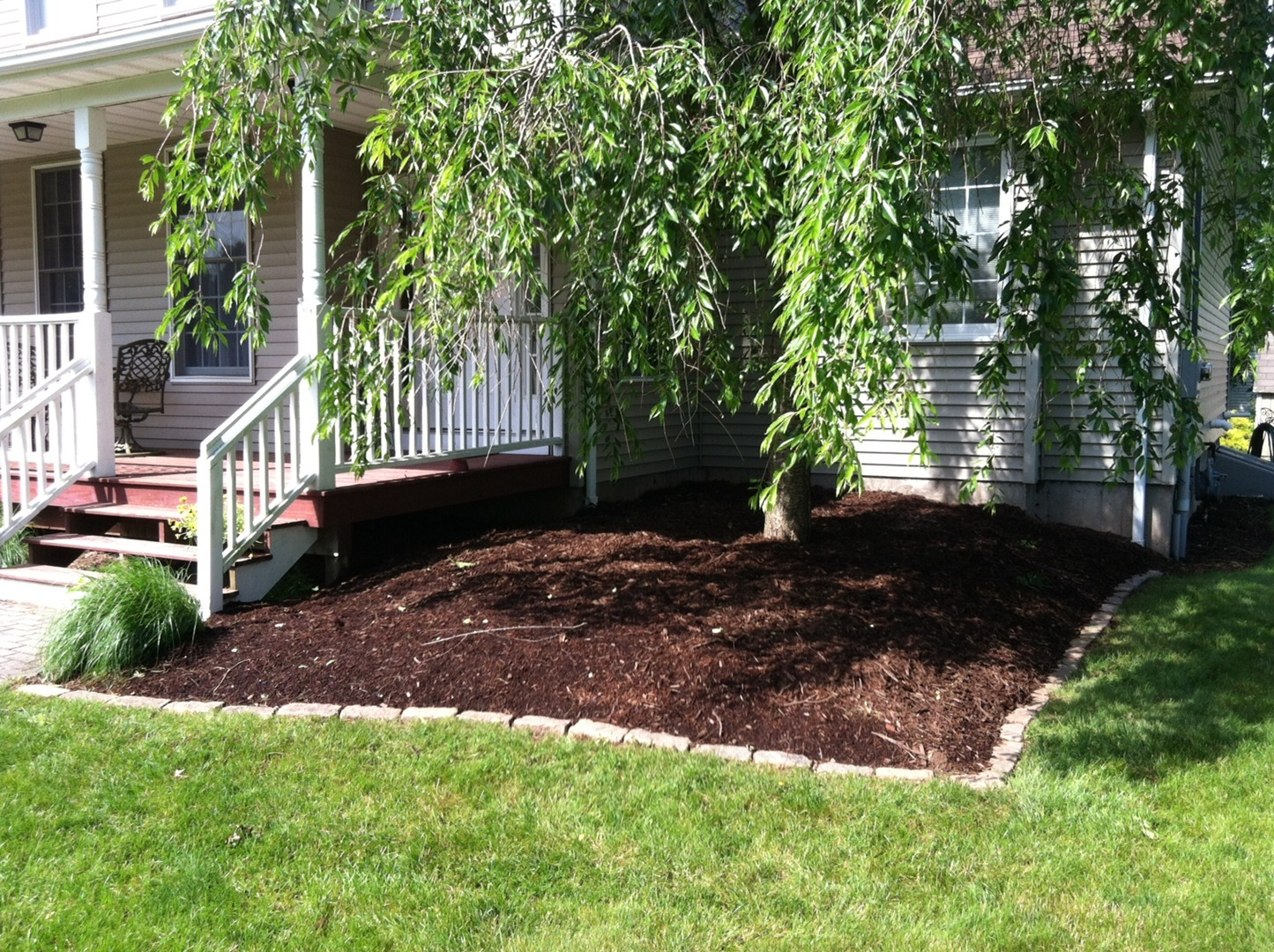 fall leaf clean up manchester ct collegiate landscaping llc