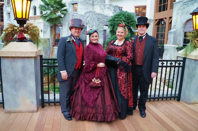 Uptown Carolers performing Christmas carols at Gaylord Texan