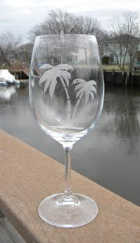 Easy DIY Etched wine glasses. www.DIYeasycrafts.com