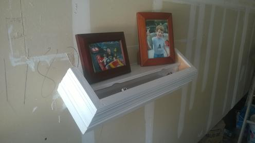 DIY Secret Compartment Floating Shelf. Hide a gun in plan sight. www.DIYeasycrafts.com