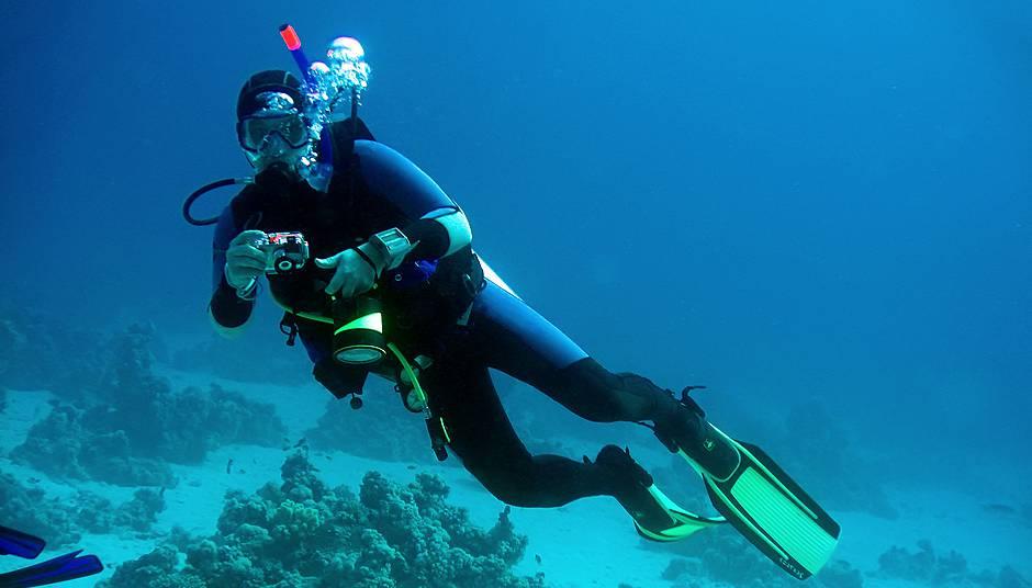 Learn To Scuba Dive Scuba Equipment Roud Island Divers