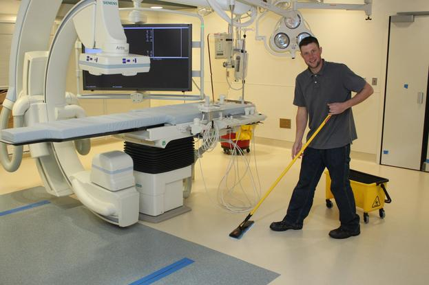 Best Doctor Office Cleaning Service in Omaha NE | Price Cleaning Services Omaha