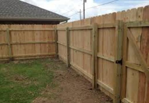 Excellent Wood Fence Contractor in Milford NE | Lincoln Handyman Services