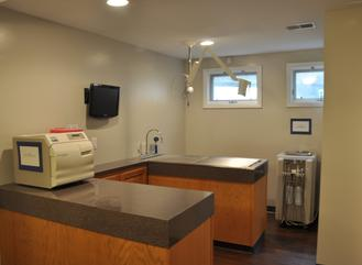 Secondray treatment and dental area of Cincinnati Hills Animal Clinic Montgomery Road location