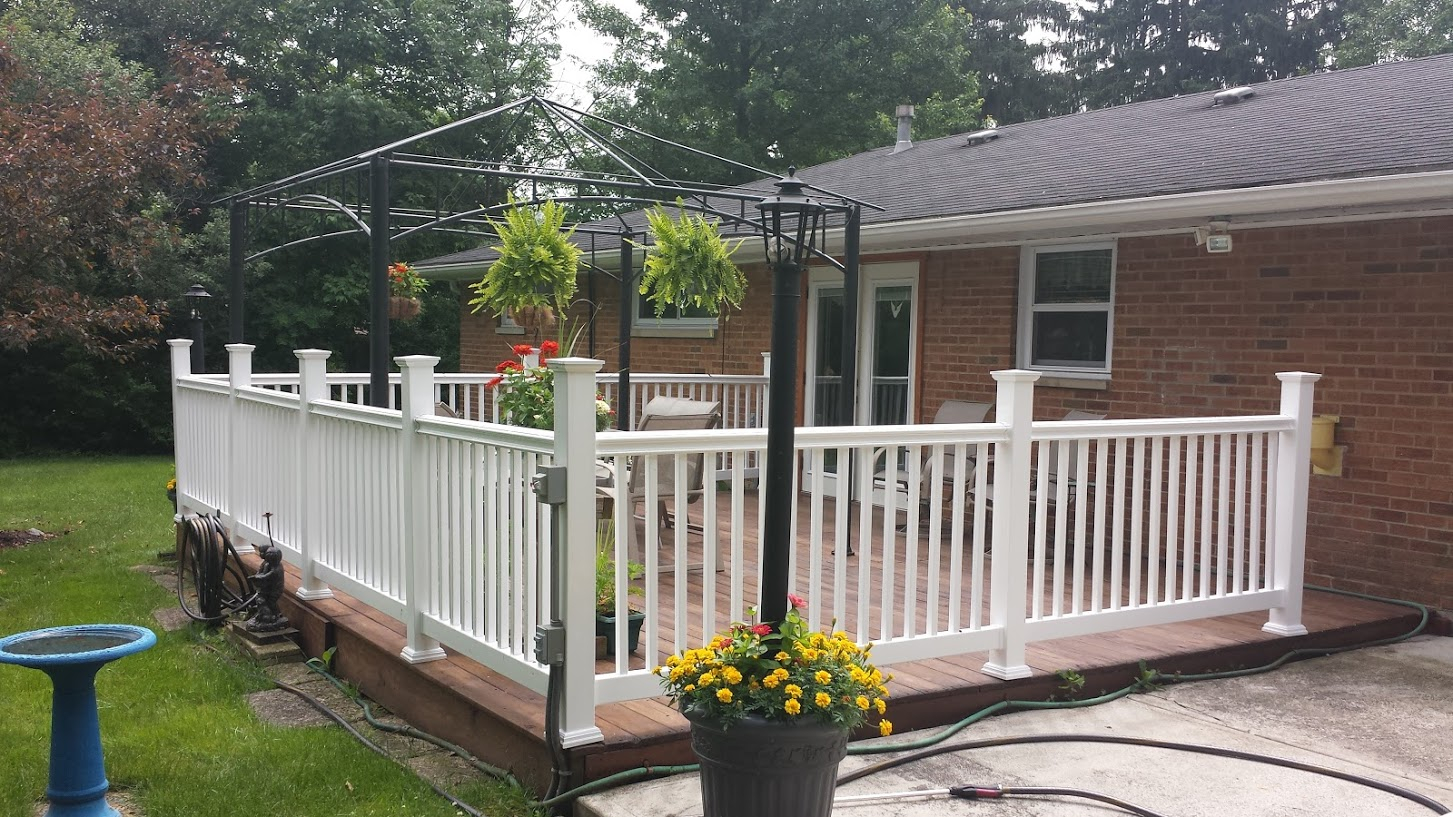 Willoughby fence types of fences fence options styles wood vinyl fence baanklon Images
