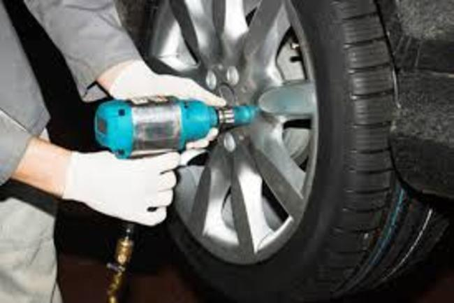 Tire Repair Services and Cost Omaha, NE | 724 Towing Service Omaha