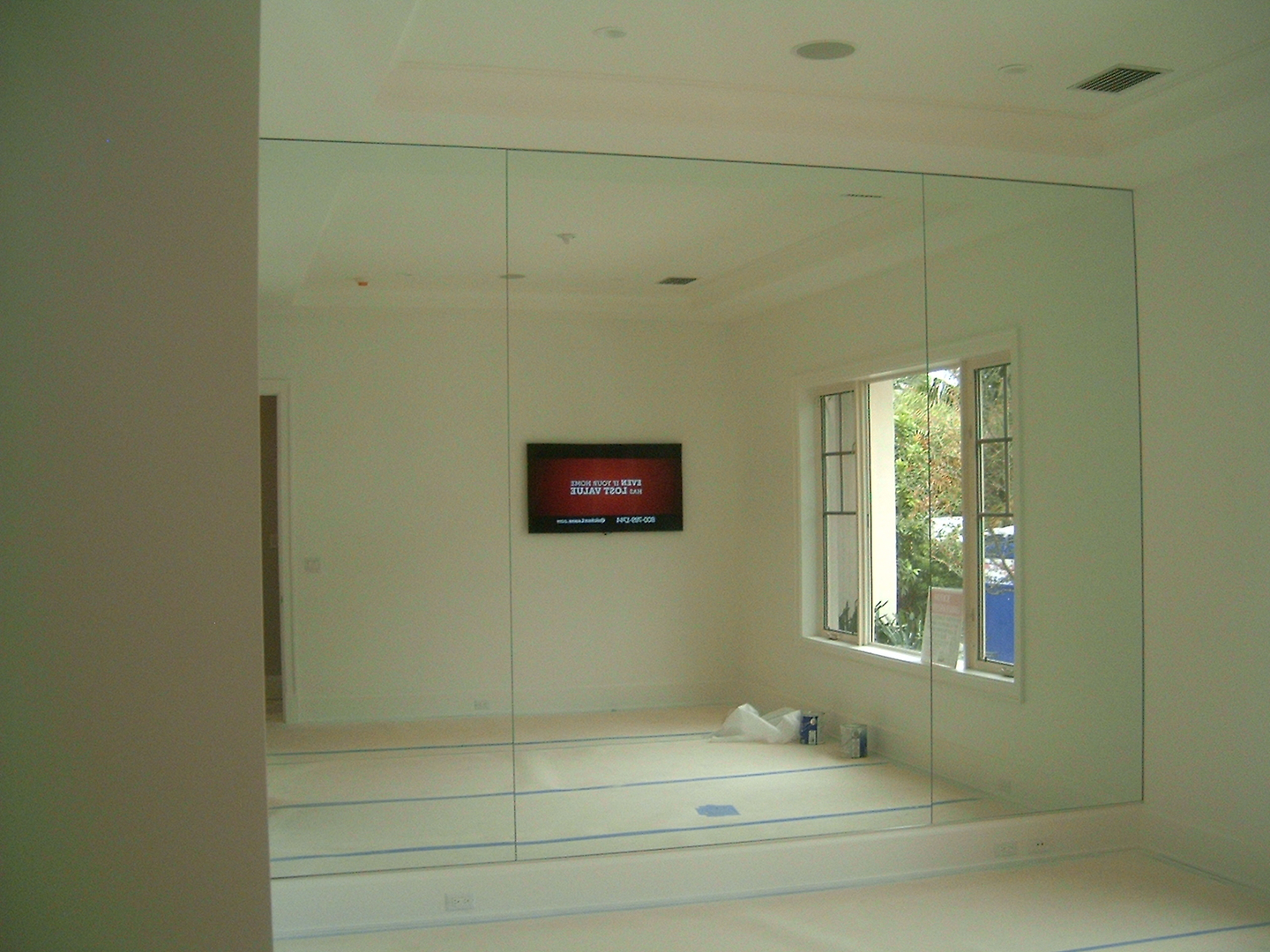 Wall Mirrors For Gym custom mirrors and mirror walls, all shapes and sizes. residential
